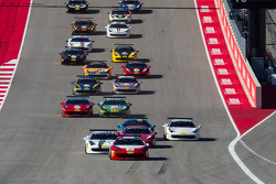 Départ : #2 Ferrari of Houston Ferrari 458: Ricardo Perez leads