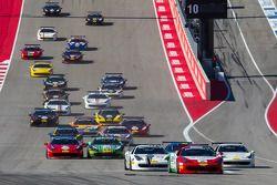 起步: #2 休斯顿法拉利,法拉利 458: Ricardo Perez ,领先于