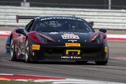 #007 Ferrari de Ontario Ferrari 458: Robert Herjavec