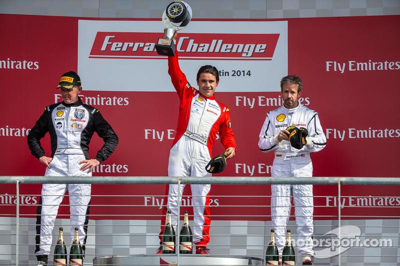 TP podium: El ganador Riautodo Pérez, segundo lugar Scott Tucker, tercer lugar Mark McKenzie