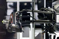 Technisch detail van de achterzijde van de Mercedes