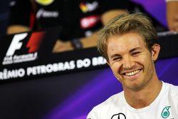 Nico Rosberg, Mercedes AMG F1, in de FIA-persconferentie