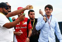 Fernando Alonso, Ferrari, mit Fans