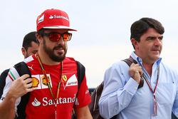Fernando Alonso, Ferrari; Luis Garcia Abad, Fahrermanager
