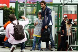 Felipe Nasr, Williams, Testfahrer, mit Fans