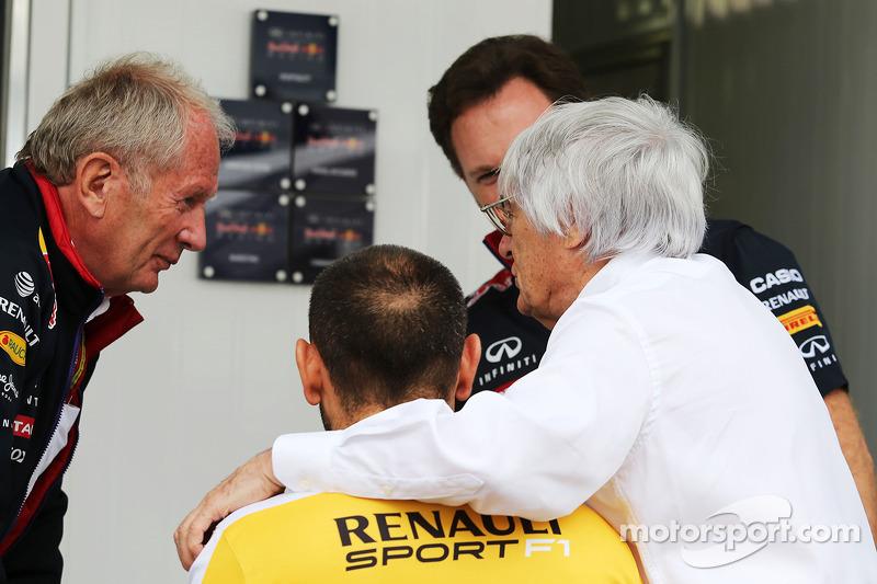 Dr Helmut Marko, consultor de Red Bull Motorsport, conCyril Abiteboul, director de Renault Sport F1; Christian Horner, director de Red Bull Racing Team, y Bernie Ecclestone (GBR)