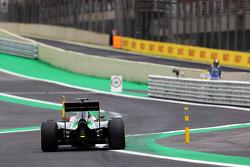 Nico Hulkenberg, Sahara Force India F1 VJM07 enters the new pit lane