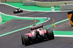 Kimi Raikkonen, Ferrari F14-T entra al nuevo autoril de los pits