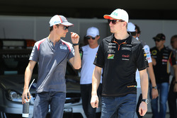 Esteban Gutierrez, Sauber and Nico Hulkenberg, Sahara Force India F1 on the drivers parade
