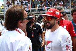 Emerson Fittipaldi, with Fernando Alonso, Ferrari on the grid