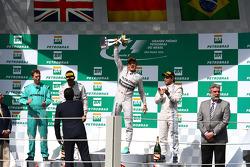 1. Nico Rosberg, Mercedes AMG F1 W05, 2. Lewis Hamilton, Mercedes AMG F1 W05, 3. Felipe Massa, Williams