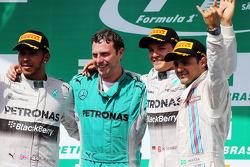 The podium, Mercedes AMG F1, second; Matt Deane, Mercedes AMG F1 Race Engineer; Nico Rosberg, Mercedes AMG F1, race winner; Felipe Massa, Williams, third