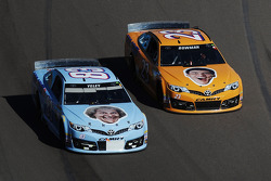 BK丰田车队的J.J.叶利和BK丰田车队的阿莱克斯·鲍曼