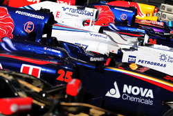 Autos im Parc Ferme nach dem Rennen