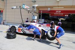 Toyota team oefent pitstops