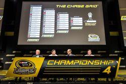 Championship contenders press conference: team owner Joe Gibbs, Tony Stewart, Stewart-Haas Racing Ch