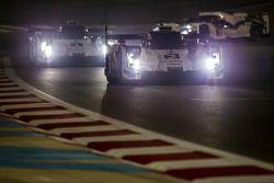 #2 Audi Sport Team Joest Audi R18 E-Tron Quattro: Marcel Fässler, Andre Lotterer, Benoit Tréluyer