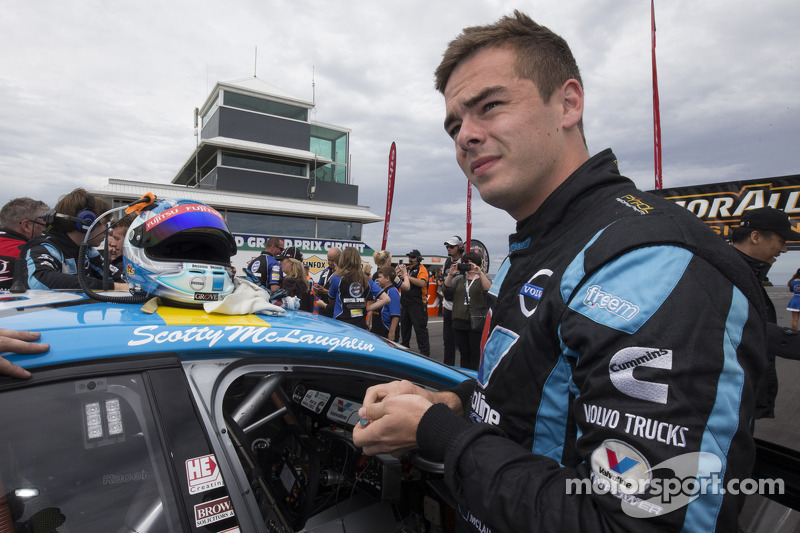 #14 Scott McLaughlin, Supercars