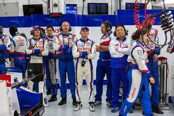Team Toyota kijkt vol vertrouwen naar de laatste momenten van de race