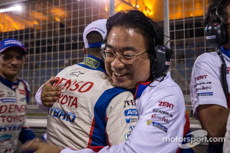 Presidente da Toyota Yoshiaki Kinoshita celebra campeonato do WEC 2014 com vitória nas 6 Horas do Ba