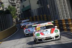 #28 Modena Motorsports Porsche 997 GT3 Cup 3.8: John Shen