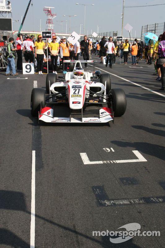 Nick Cassidy, Three Bond com T-Sport Dallara F314 NBE