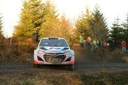 Thierry Neuville ve Nicolas Gilsoul, Hyundai i20 WRC, Hyundai Motorsport