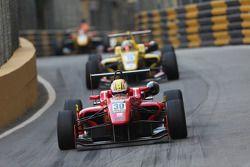 Toda车队驾驶达拉拉F12 Toda-TRF的丹·威尔斯