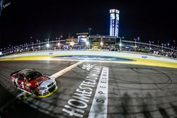 Kevin Harvick, Stewart-Haas Racing Chevrolet crosses the finish line to win the race and the 2014 NASCAR Sprint Cup series championship