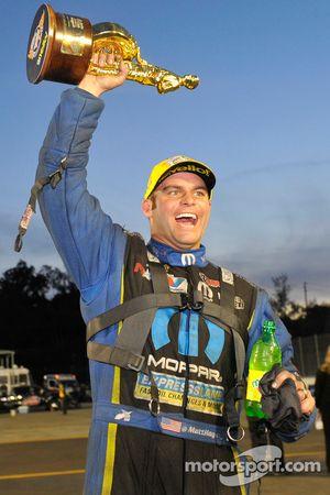 2014 Funny Car şampiyonu Matt Hagan