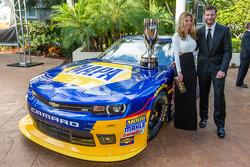 Dale Earnhardt Jr. met vriendin Amy Reimann
