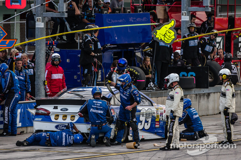 Arrêt au stand - Carl Edwards, Roush Fenway Racing Ford