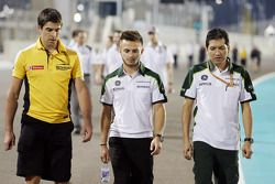 Will Stevens, Caterham F1 Team, cammina per il circuito