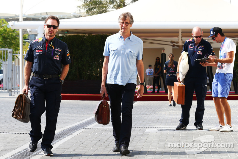 (I a D): Christian Horner, director del Red Bull Racing Team Principal con Mario Illien, cofundador de Ilmor Engineering