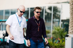 Jan Magnussen; Allan McNish, BBC