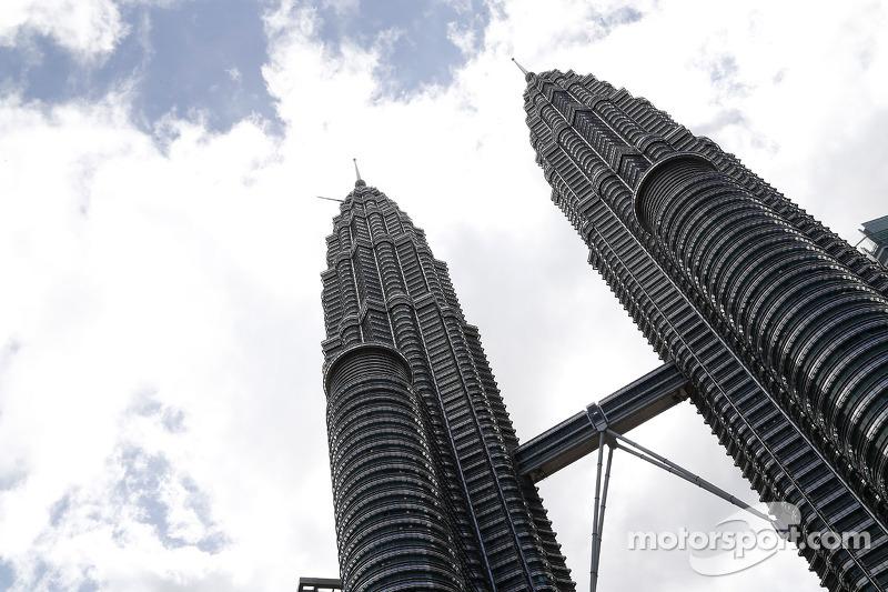 Petronas kuleleri