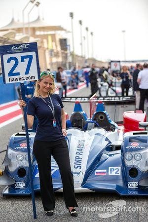 Grid girl - #27 SMP Racing Oreca 03R - Nissan: Sergey Zlobin, Nicolas Minassian, Maurizio Mediani