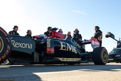 The Lotus F1 Team prepares for the stunt