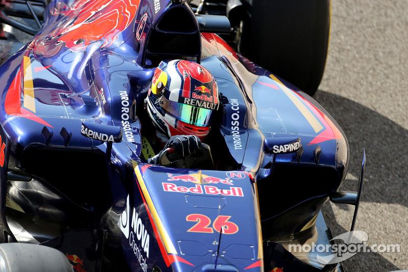 2014 год. За рулем болида Toro Rosso STR9 на субботней тренировке