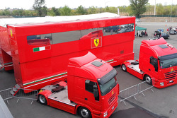 Trucks: Scuderia Ferrari