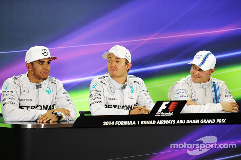 Conferencia pre carrera: Lewis Hamilton, Mercedes AMG F1, segundo; Nico Rosberg, Mercedes AMG F1, po