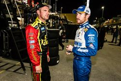 Clint Bowyer, Michael Waltrip Racing Toyota et Brian Vickers, Michael Waltrip Racing Toyota