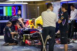 Red Bull Racing RB10, Sebastian Vettel, Red Bull Racing, FIA tarafından inceleme altında
