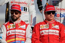 法拉利车队的费尔南多·阿隆索与法拉利车队的基米·莱科宁
