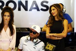 Nick Hamilton,和歌手尼克拉·舍青格,刘易斯·汉密尔顿的弟弟和女友, 梅赛德斯AMG F1车队