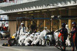 Valtteri Bottas, Williams FW36 pitstop yapıyor