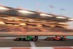 Will Stevens, Caterham CT05 ve Fernando Alonso, Ferrari F14-T