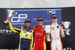 Vainqueur: Stefano Coletti, Racing Engineering, 2ème Felipe Nasr, Carlin, 3ème Arthur Pic, Campos Ra