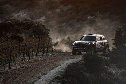 Нассер Аль-Аттия и Матье Баумель. Презентация Qatar Rally Team, презентация.