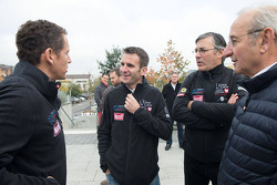 L'attore francese Dany Boon e Romain Dumas